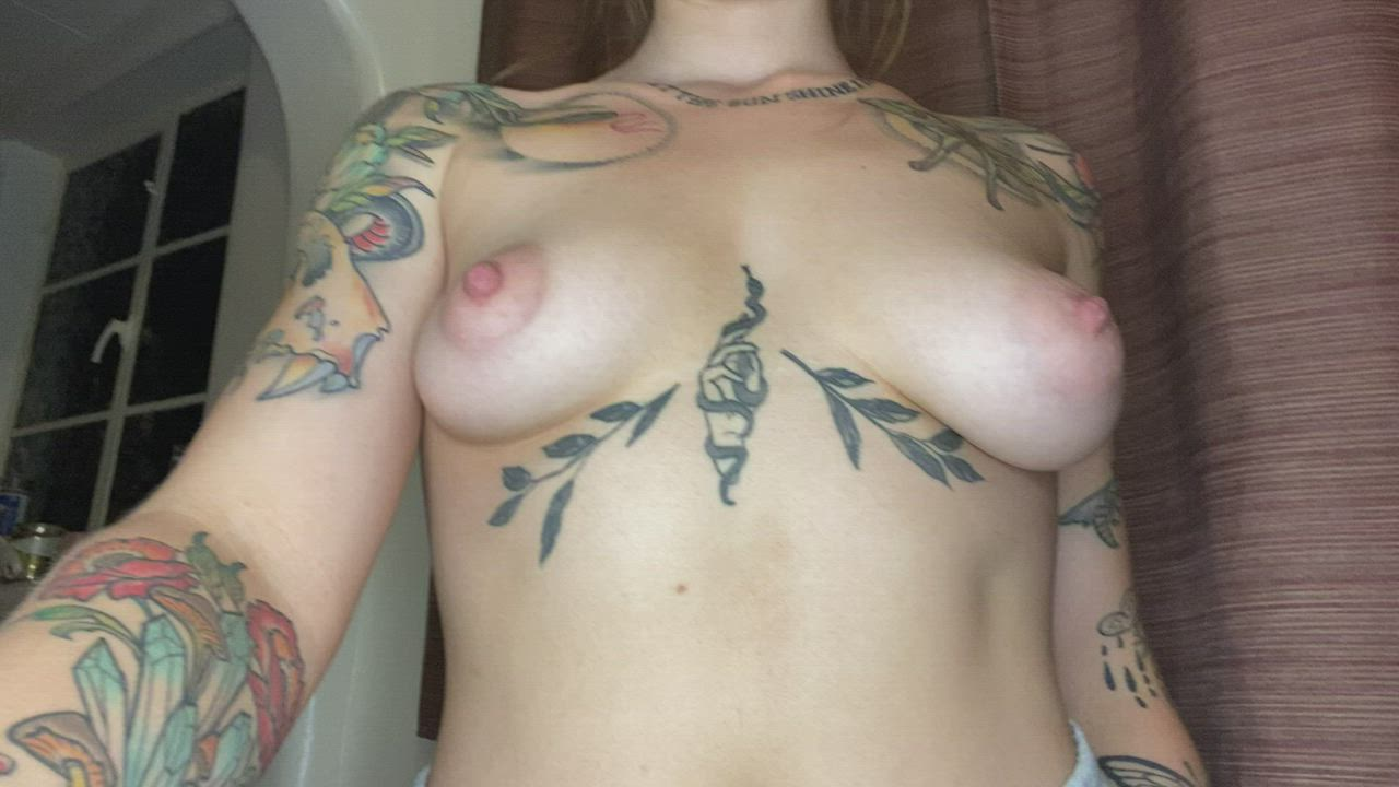 A lot on this site say I have weird boobs. At least I have this sub