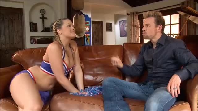 alexis Texas is a really gratefull cheerleader