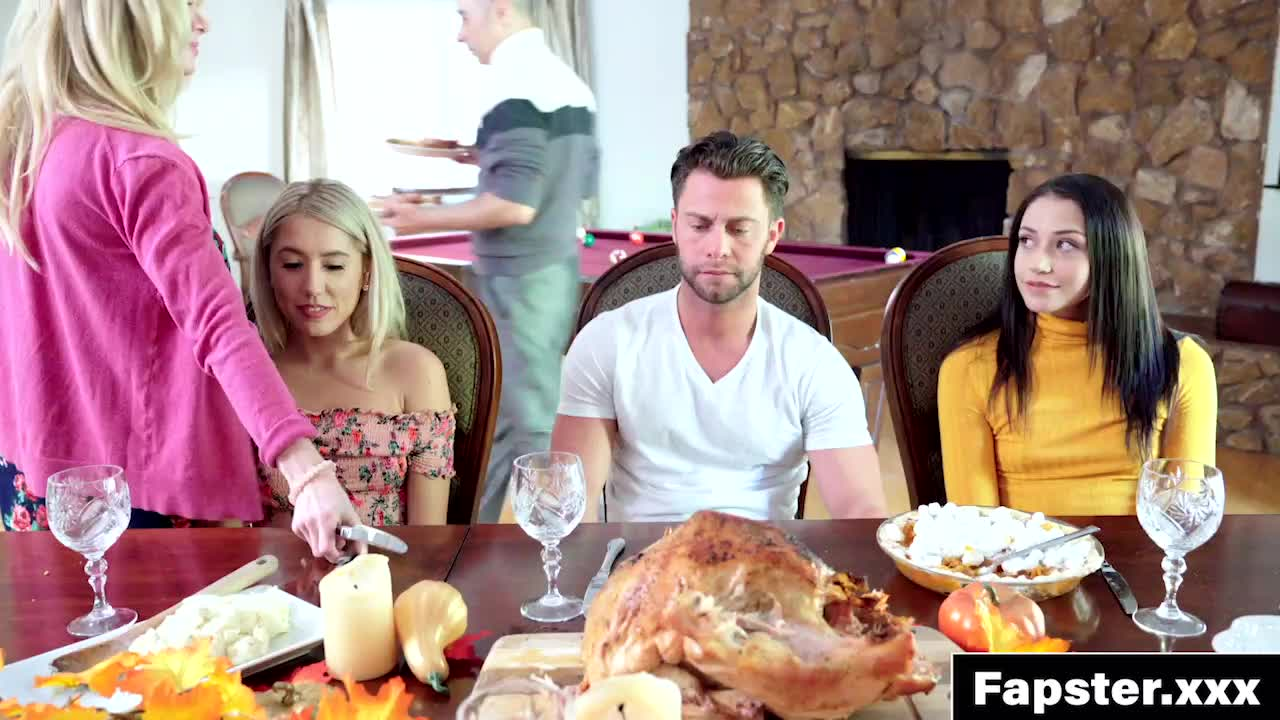 Avi Love & Paisley Bennet - Holiday Dinner Turned Into Family Creampie Threesome