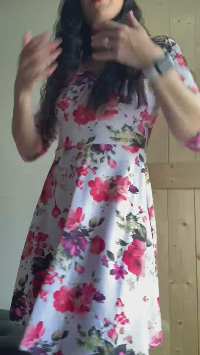I love sundress season. Hope you like my flower 🌸 (almost 40 year old F)