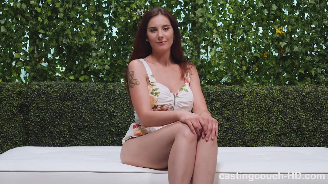 Busty babe Lillian gets a creampie in her first casting video