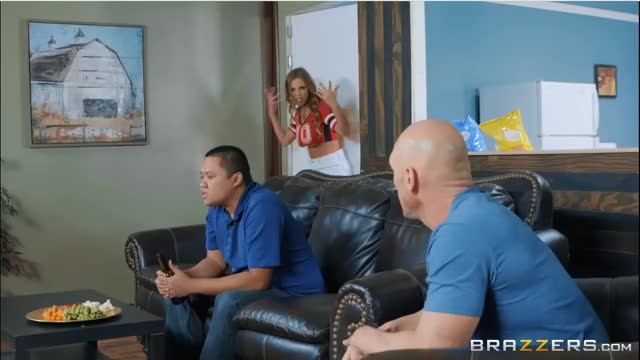 realWifeStories - Britney Amber - Game Day Dicking