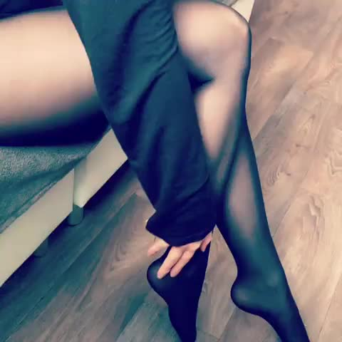 feeling good in nylons