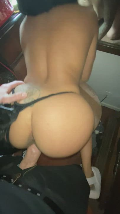 Big daddy always knows just how to make this pussy purrr ❤️🔥