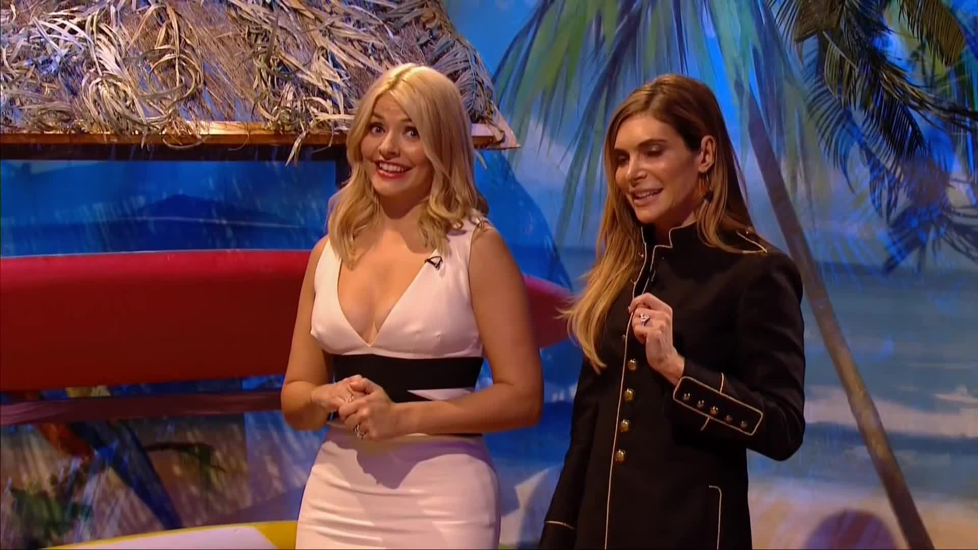CelebGfys, TheHollyWilloughby, hdcelebgifs, Holly Willoughby (reddit) GIFs