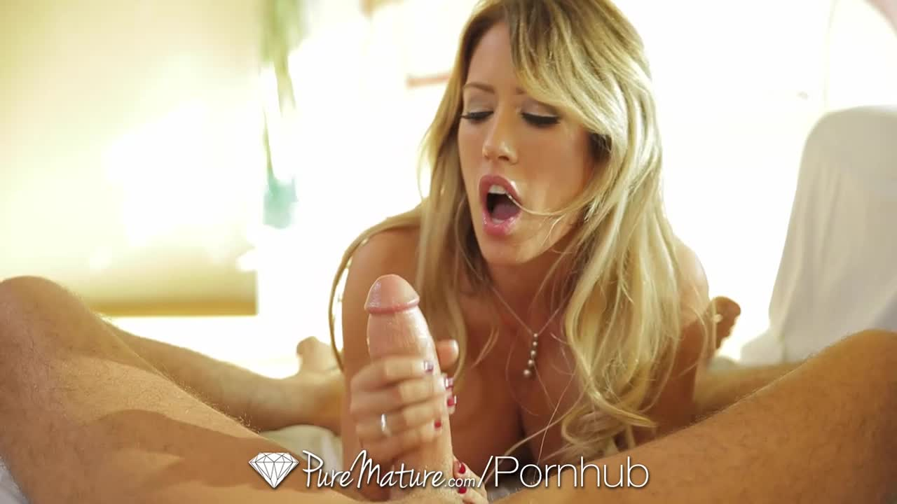 Capri Cavanni POV Blowjob
