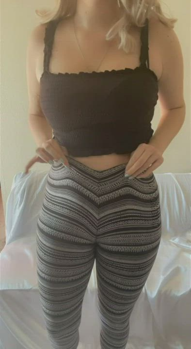 These leggings are so dang tight ;)