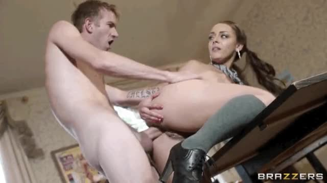 Liza Del Sierra's asshole gets rekindled with Danny's cock [xpost r/Danny_Being_Danny]