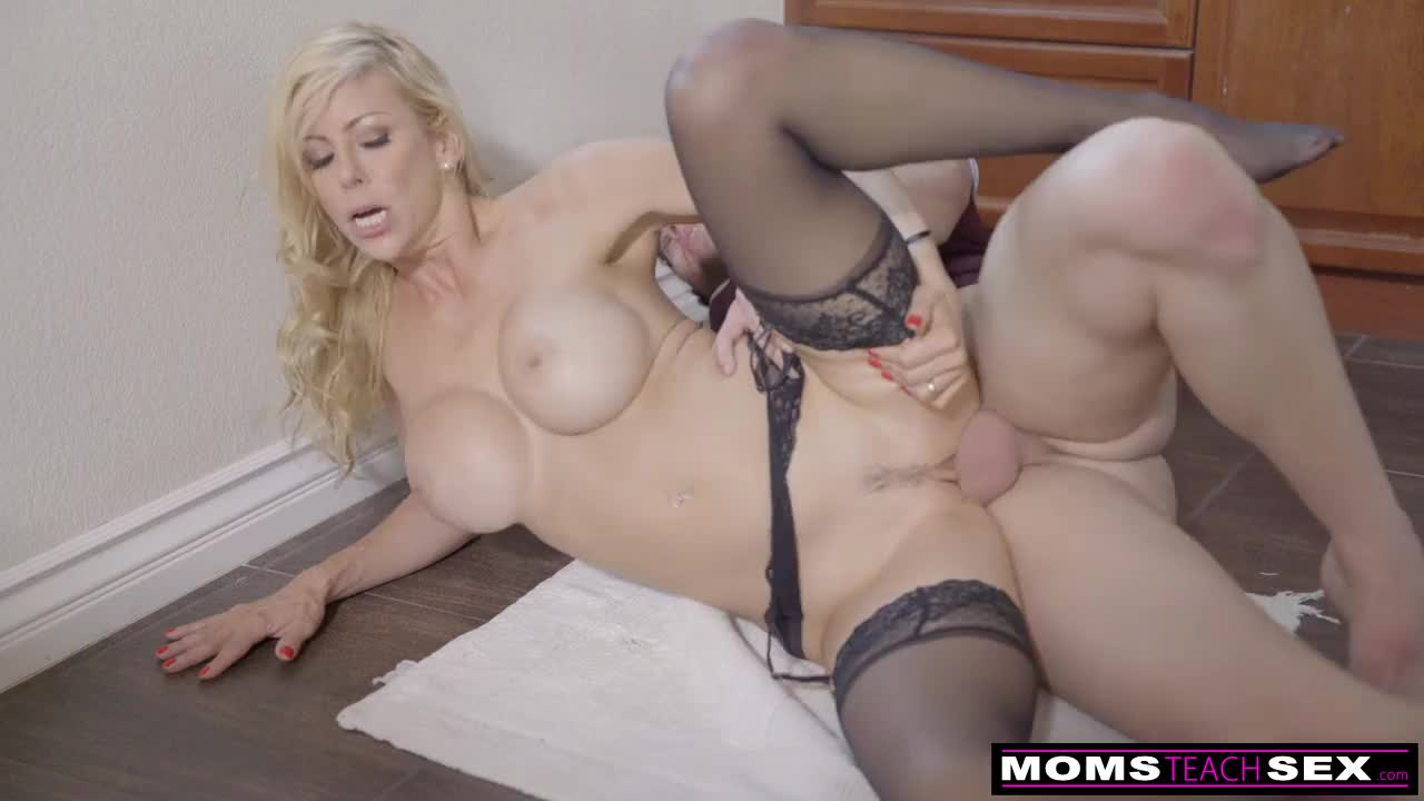 Creampie mother-in-law pussy