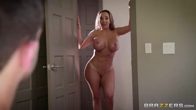 Richelle Ryan & Cassidy Banks – Home Is Where The Whore Is