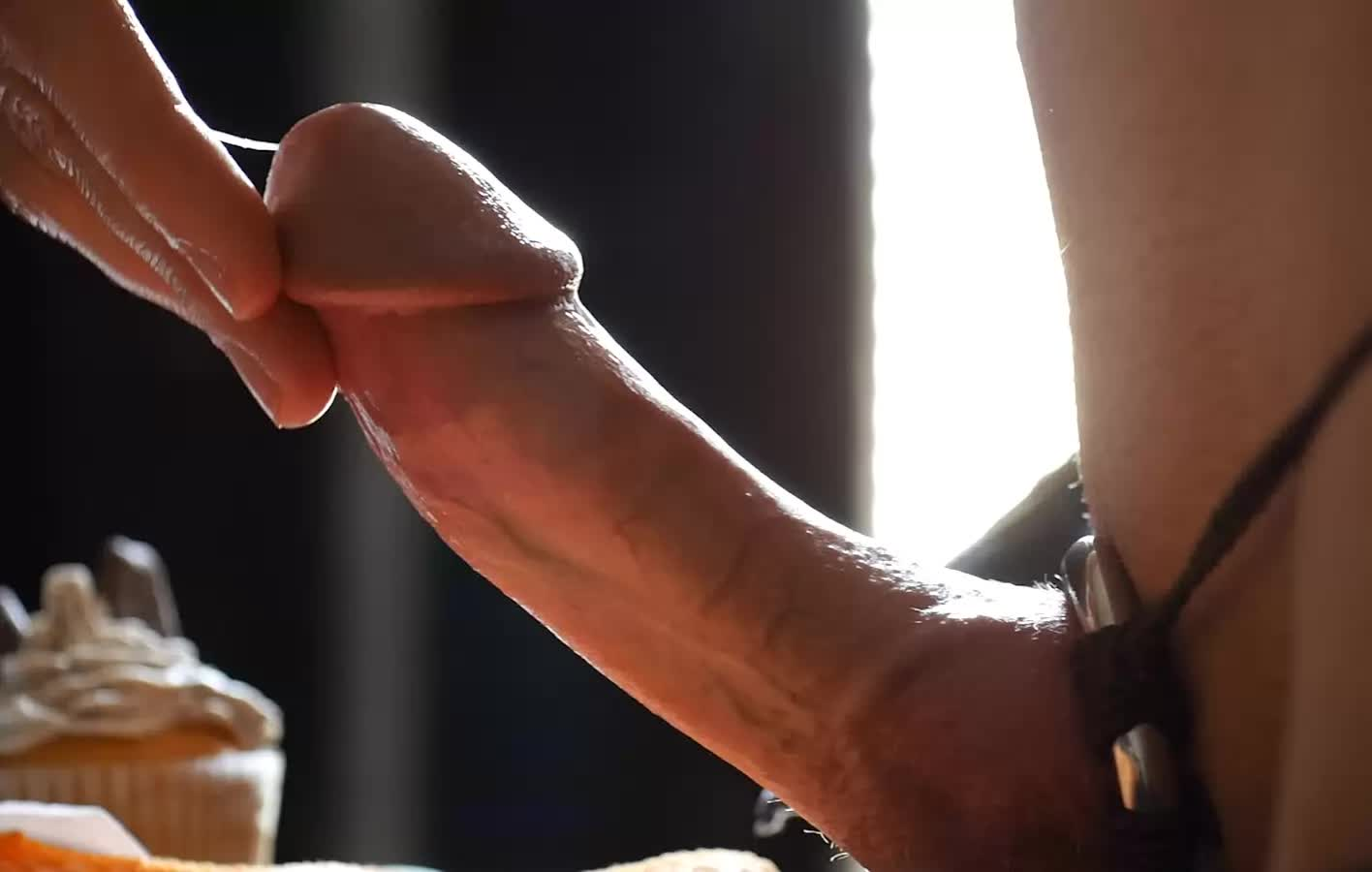 Cumming With No Hands