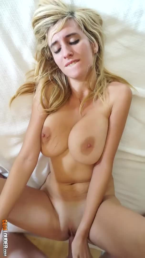 Missionary with a big tits beauty