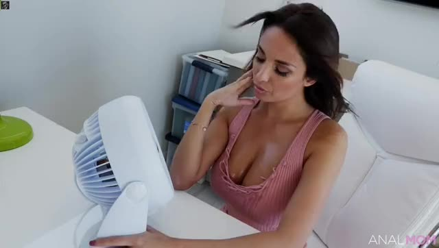 Anal Mom - Anissa Kate - Tanned And Tempting Anal MILF
