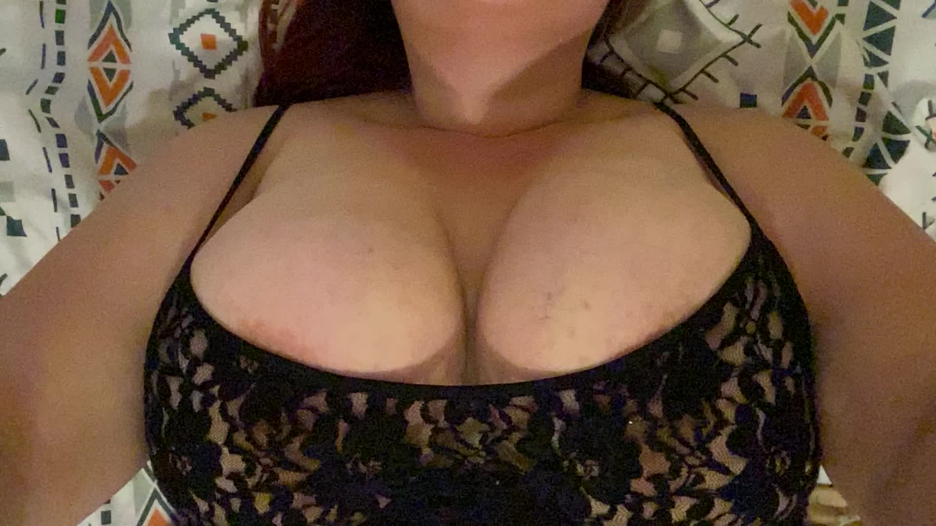 Titty Tuesday! They don't want to be contained 😏