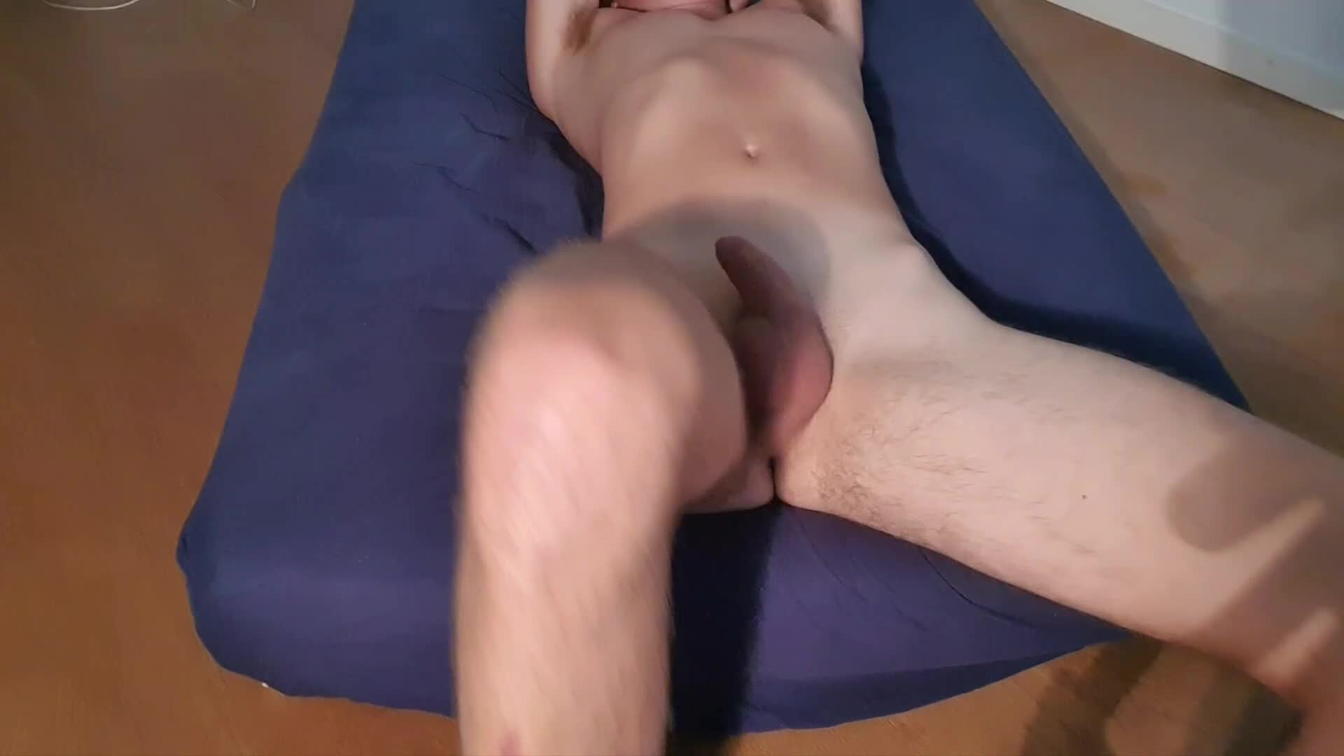 How I would move as you tease me 😜 messages from girls are welcome