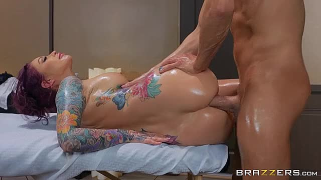 realWifeStories - Monique Alexander