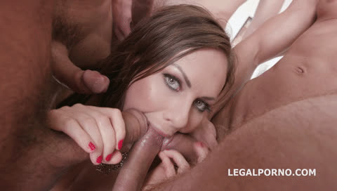 who else wants to join in on tina kay's warm mouth?