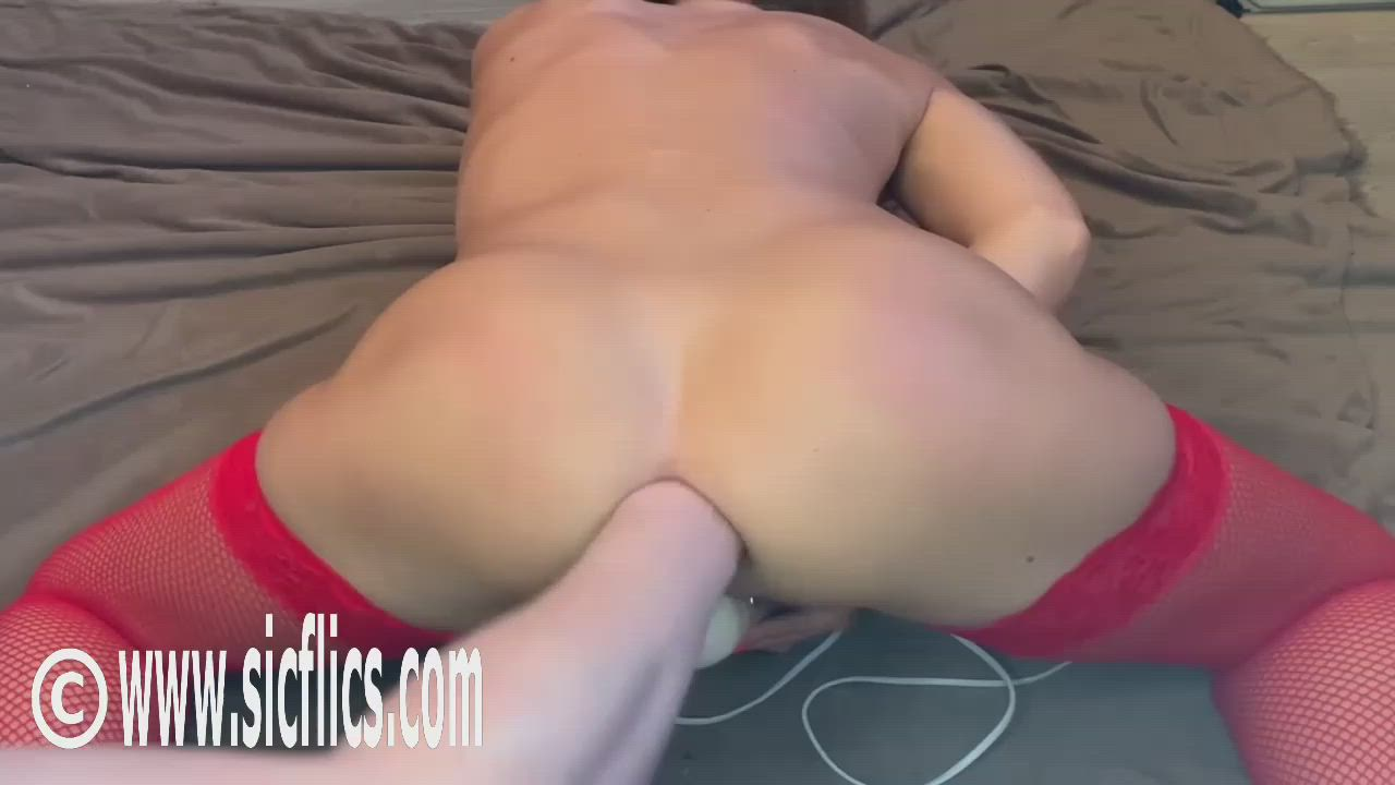 Fisting His Hot Wifes Gaping Ass