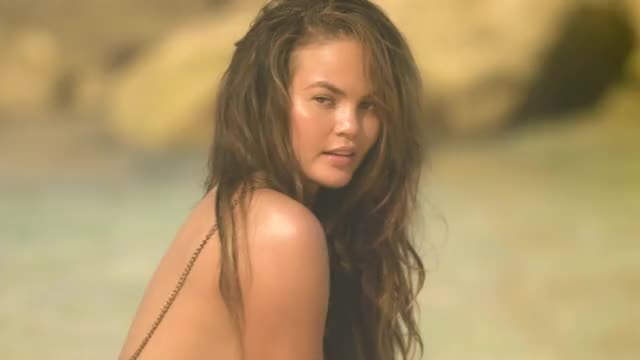 Watch Chrissy Teigen GIF by TheFappeningBlog.com (@thefappening.so) on Gfycat. Discover more chrissy teigen GIFs on Gfycat