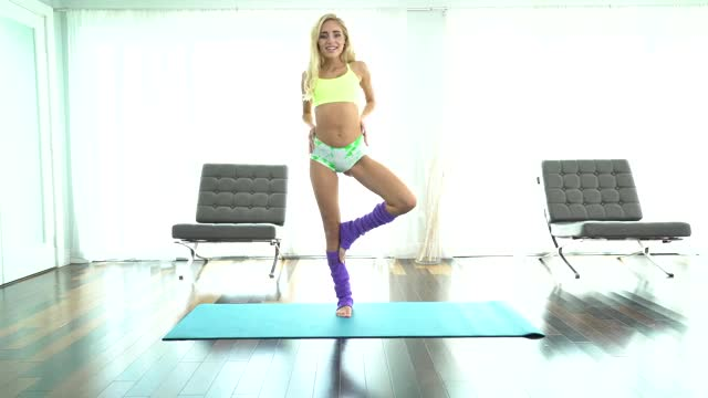 Yoga action with Naomi