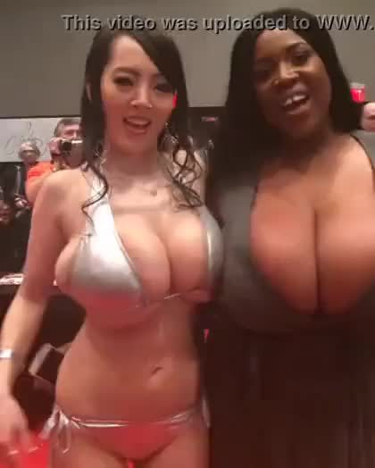 Who I wanna die between (Hitomi & Maserati xxx)