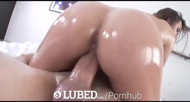breasty Dillion Harper gets oiled up