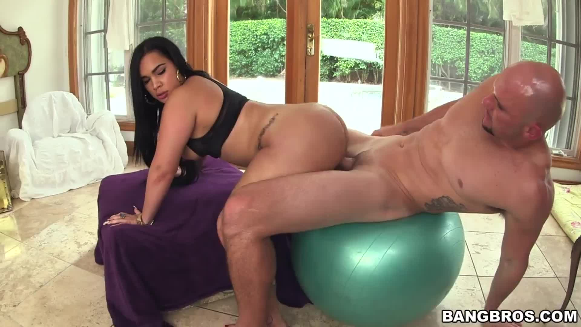 Thick Ass Latina Destiny Bounces Her Booty on Cock