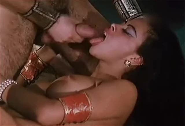Olivia del Rio gets her face sprayed in Anthony and Cleopatra (1997)