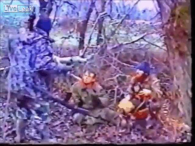 Ibn al-Khattab executes Russian POW in Chechnya, Firtst Chechen War [x-post from r/combatgifs]