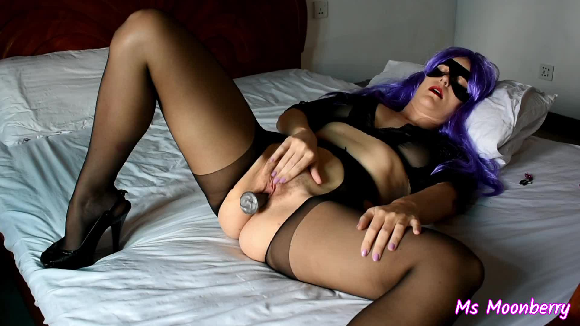 Masturbating in pantyhose - multiple orgasms  (video in comment)