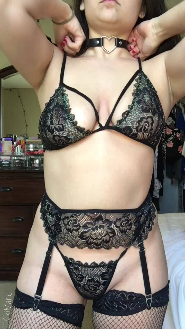 Now offering a [gfe] or watch me on my premium [snp]! [pic][vid][rate][kik][dom][sub][cam]