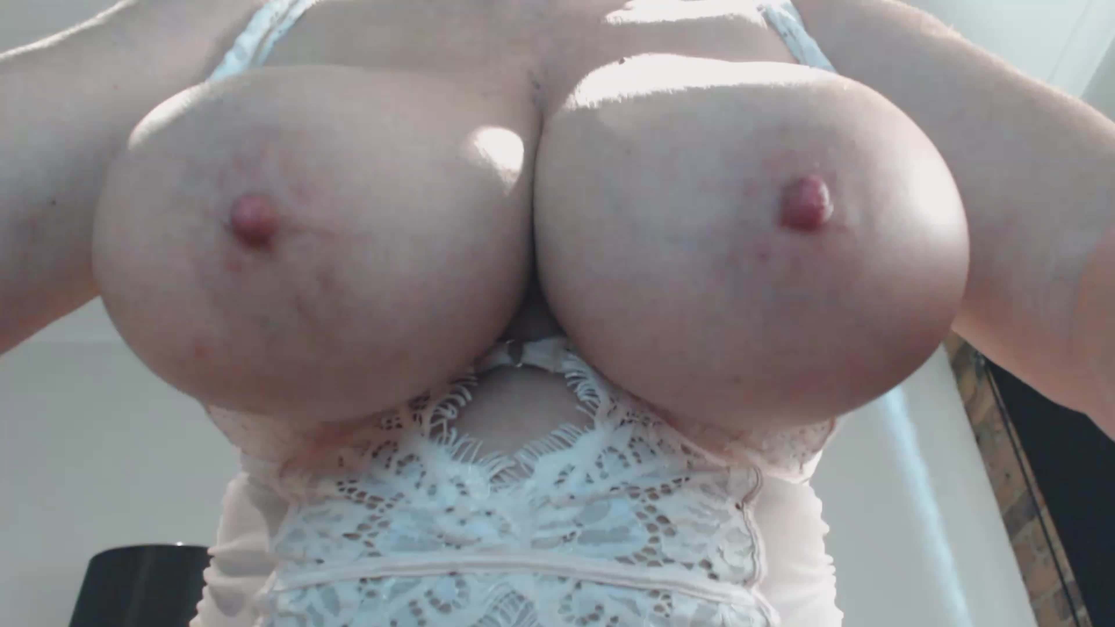 My Big Boobs hanging down in front of your face as I ride you🤤 xx 54yo 🇦🇺💋