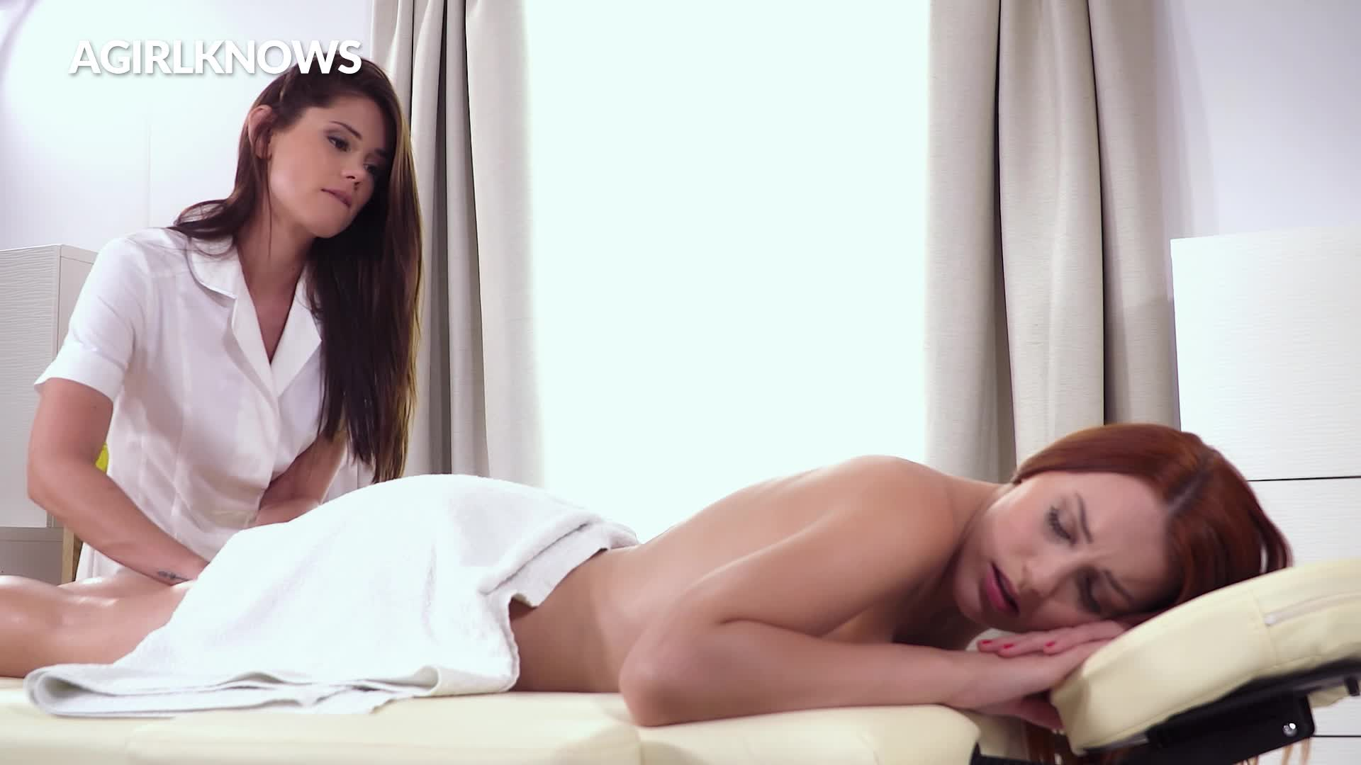 Caprice & Charlie have a juicy lesbian fuck
