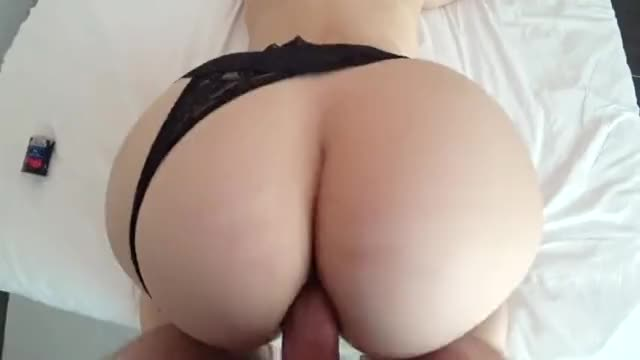 Homemade Porn - Massive Big Ass Fucked in Hottest Doggysytle Anal