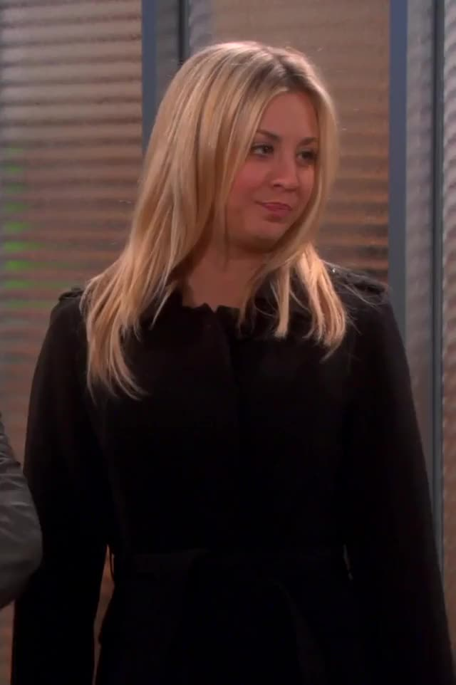 Watch Kaley Cuoco GIF by @ezio96 on Gfycat. Discover more kaley cuoco GIFs on Gfycat