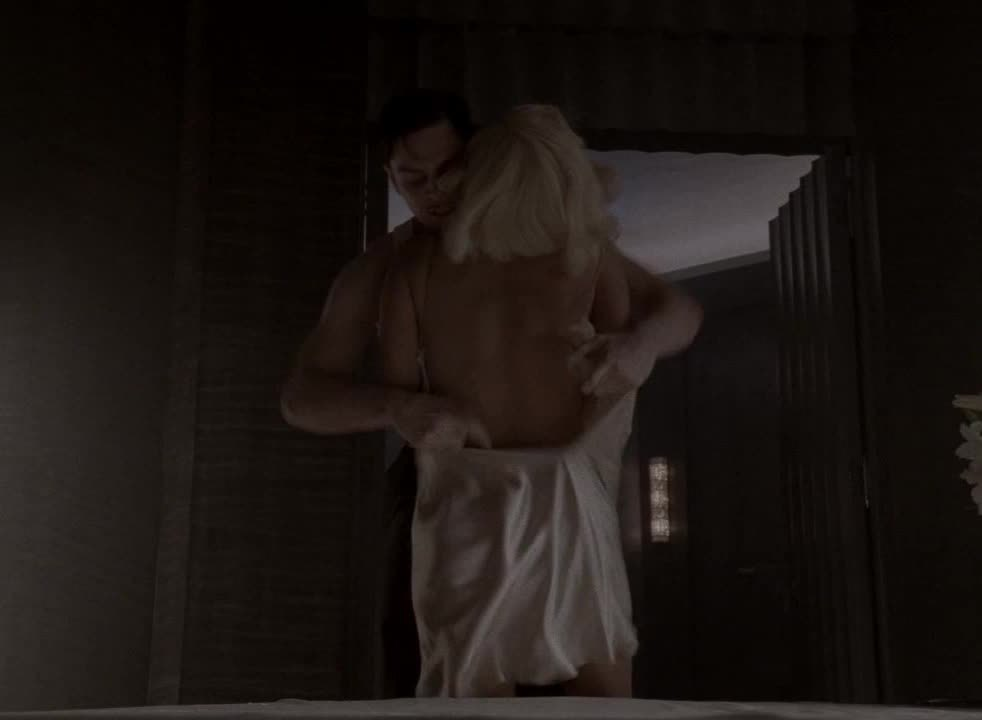 """Bare-ass naked on """"American Horror Story"""""""