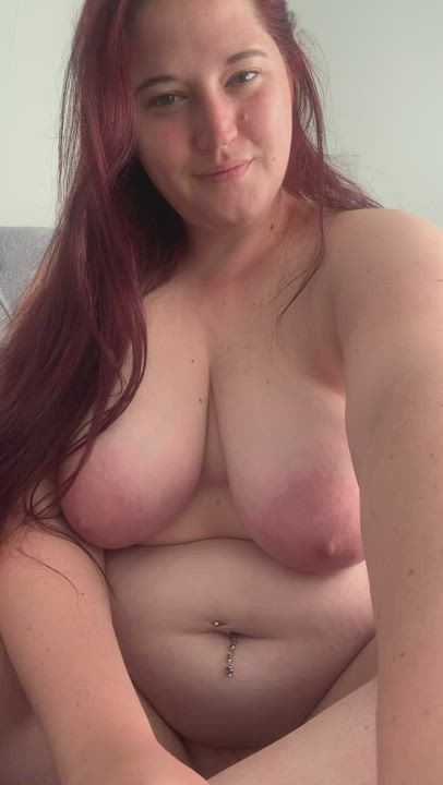Chubby pussy for breakfast?