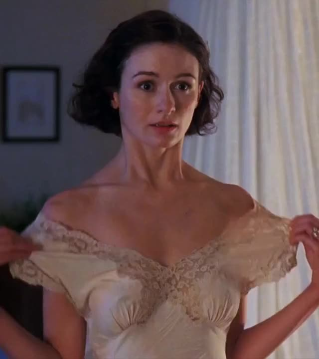 Emily Mortimer - The Sleeping Dictionary (2003)