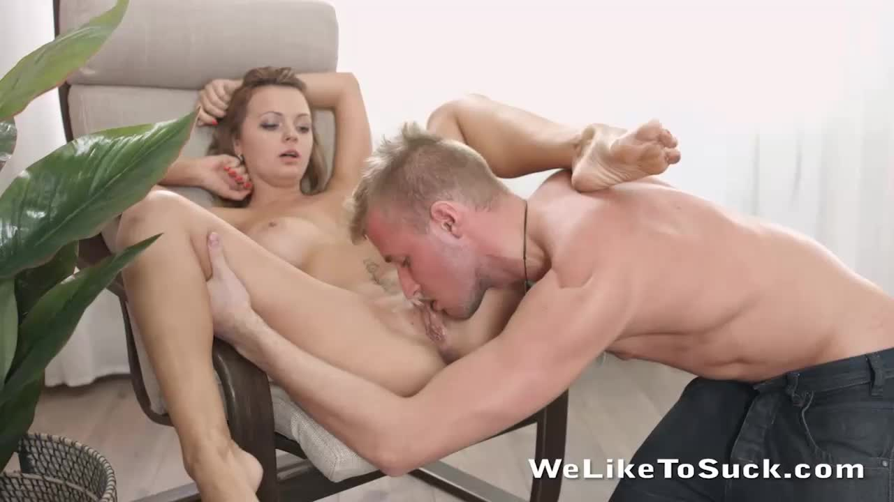 Cock Sucking And Fucking Babe Emily Thorne Receives A Creampie