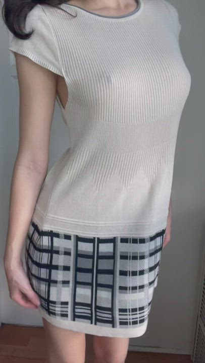 I love when people stare at my tits when I don't wear a bra