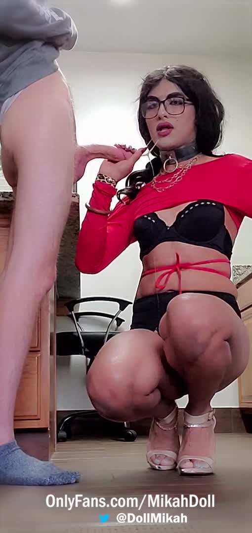 Can you please mouth fuck me daddy? Thank you!