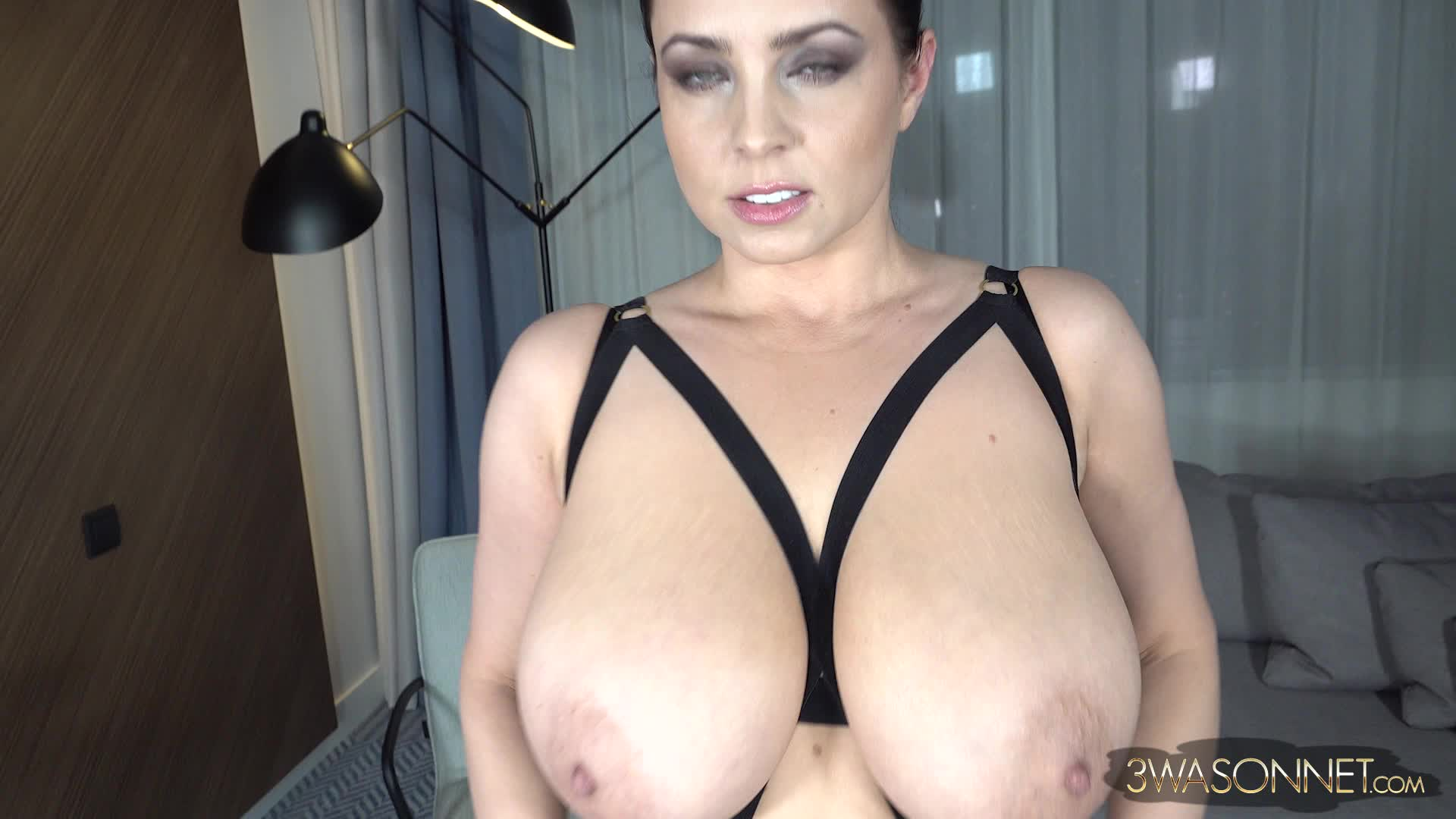 Ewa Sonnet's big boobs gently pushed together