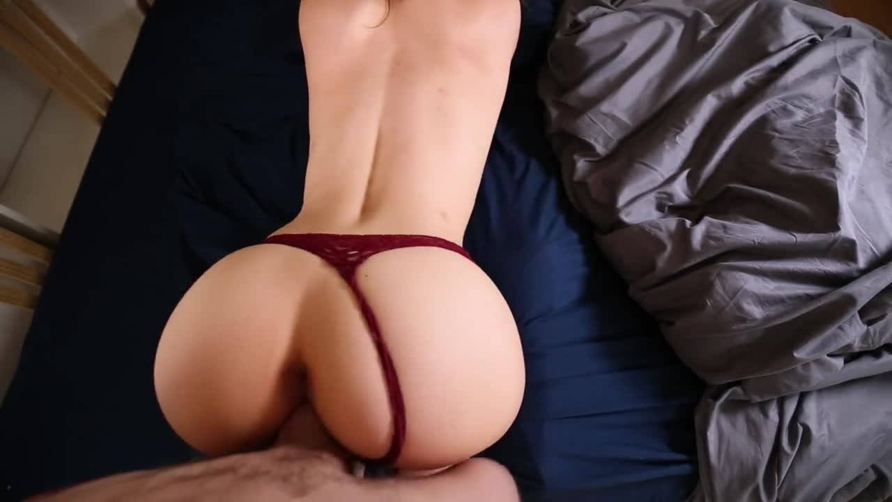Big booty white girl pawg in a thong