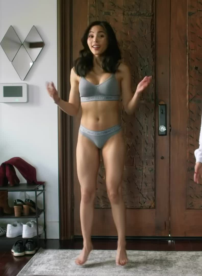 Anna Akana is unbelievably hot and way too underrated