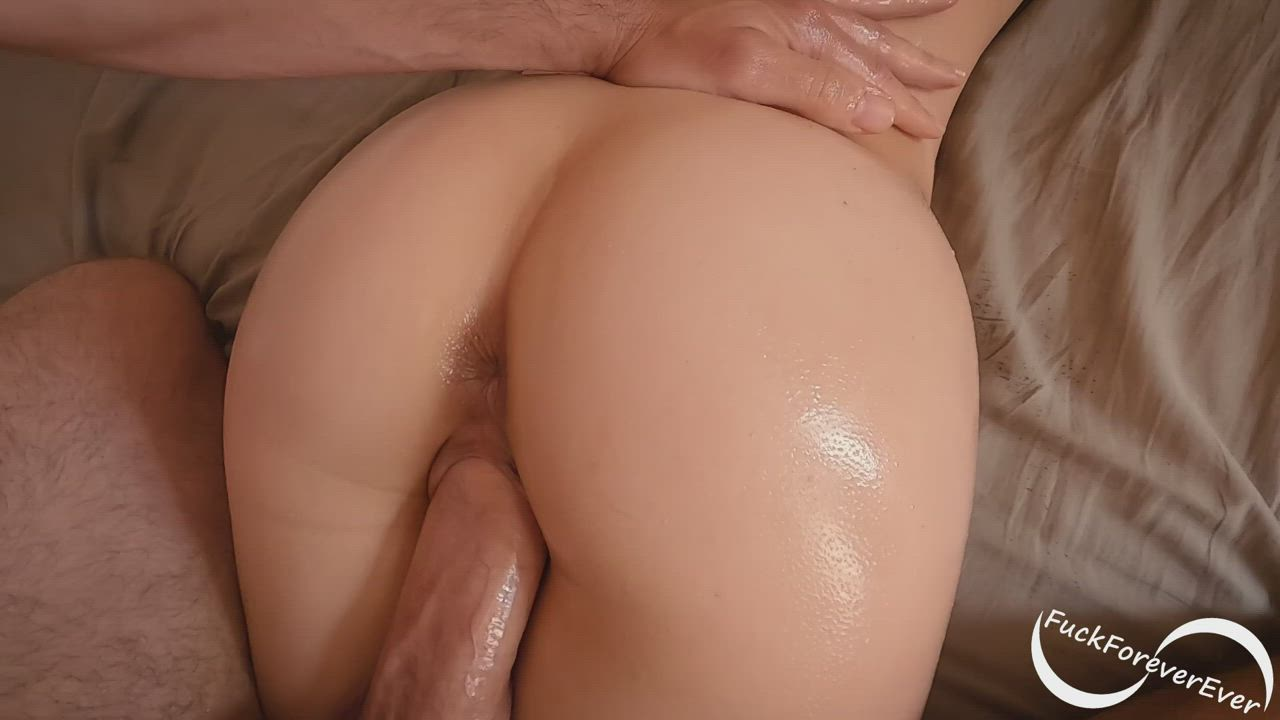 Fake pull out creampie fucking