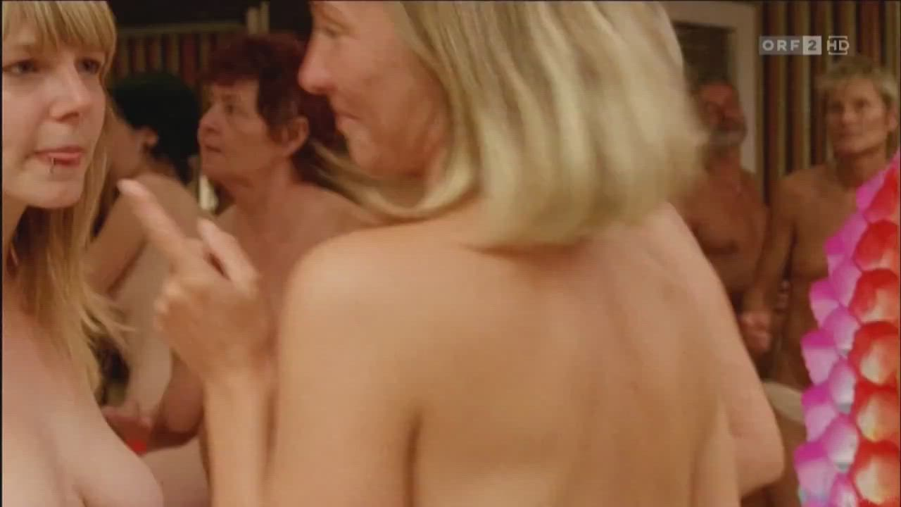 Afternoon Party at a nudist side in eastern Germany (Barfuß Bis Zum Hals (DE, 2009))