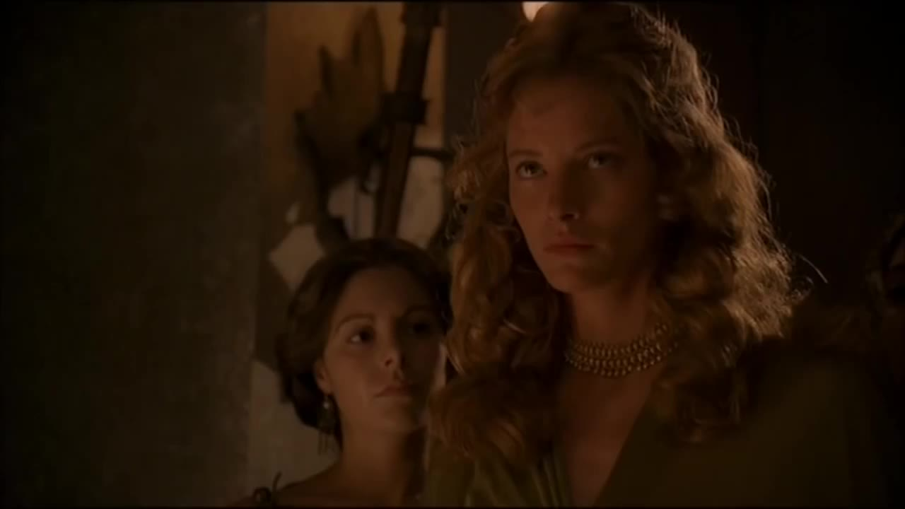 Sienna Guillory in Helen Of Troy (2003)