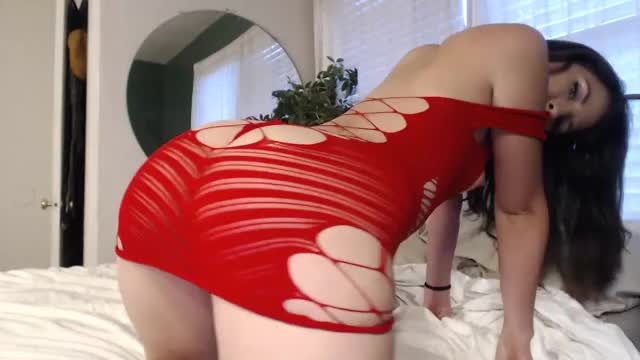 audrey_ in red