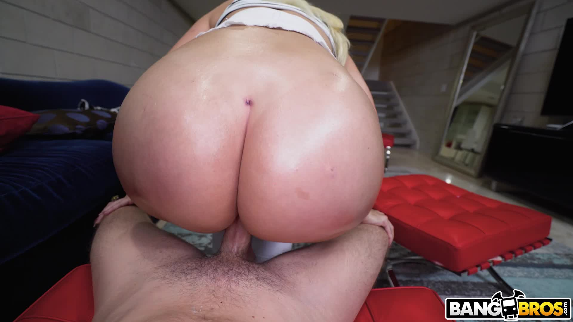 PAWG Alexis Andrew Bouncing Her Big Booty On Cock