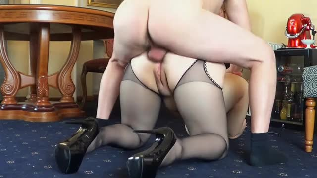 sexy Curvy Honey Gets Her Large BUTT Fucked in Doggystyle